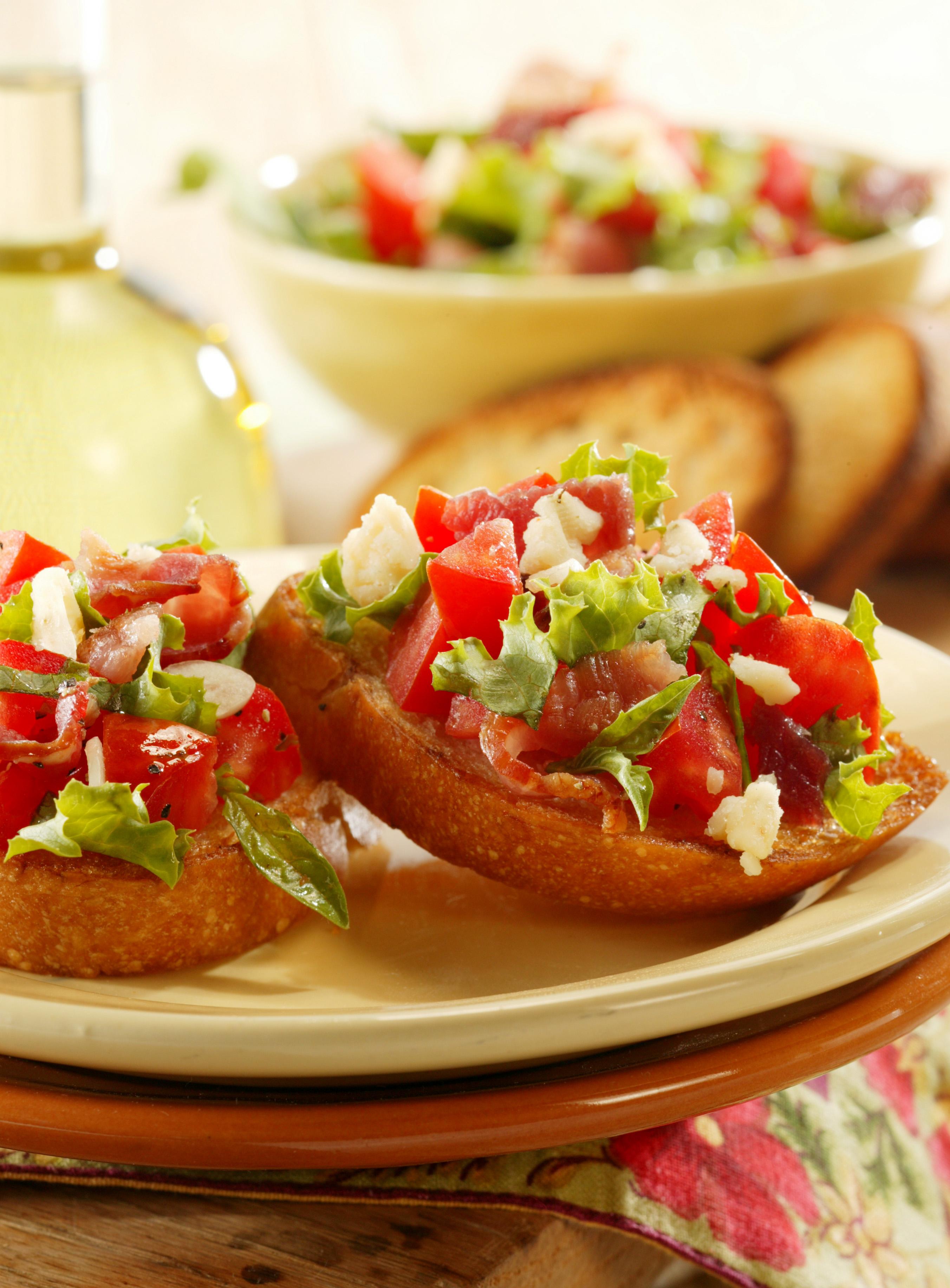 Bacon, Lettuce and Tomato Bruschetta - Pork Recipes - Pork Be Inspired